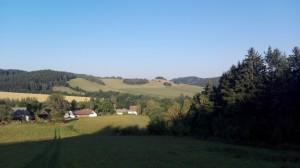 kopce nad obcí Telecí
